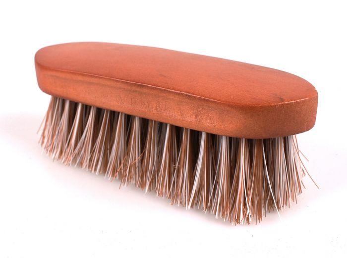 QHP Timber stiff brush