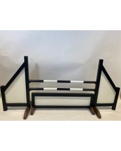 Horse jumping black (closed) complete with two jump bars, 4 suspension brackets and obstacle fence black