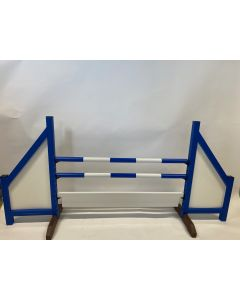 Horse jumping blue (closed) complete with two jump bars, 6 suspension brackets and obstacle board