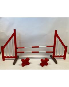 Horse jumping red (open) complete with two jump beams, 4 suspension supports and 2 cavaletti blocks