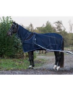 QHP Aircraft fly rug + neck